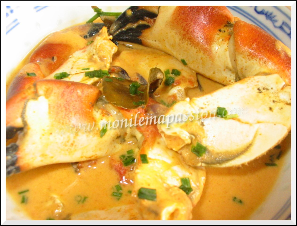 Crabe au curry rouge et combava