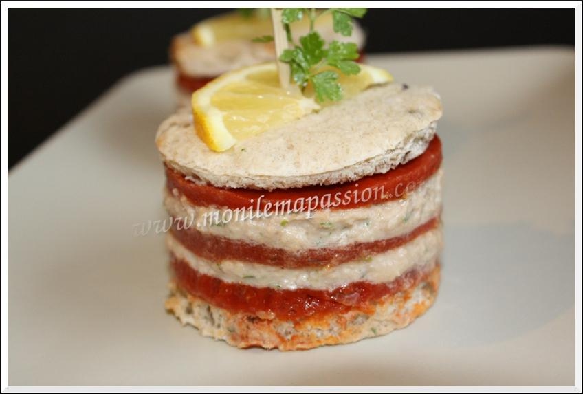 Mille-feuille de gelée de Tomacouli et crème de thon – Tomacouli jelly and tuna spread 'mille-feuille'