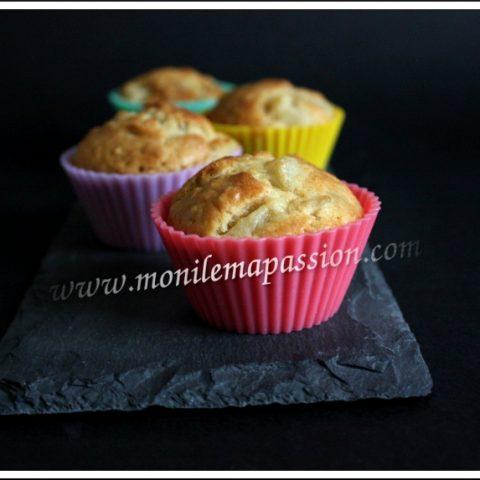 Pear and muesli muffins