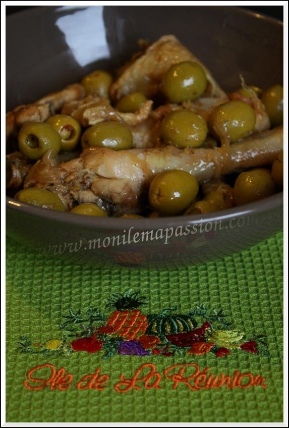 Cari de poulet aux olives à la créole – Creole style chicken Cari with Olives