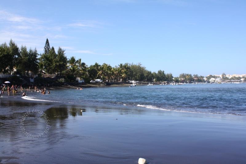 Plage de l'Étang Salé – Etang Sale Beach