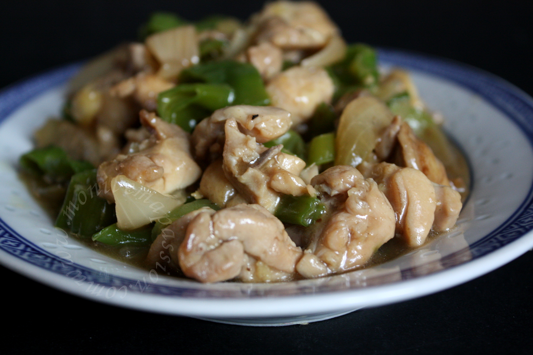 Poulet gros piments - Green sweet chili peppers and chicken stir fry