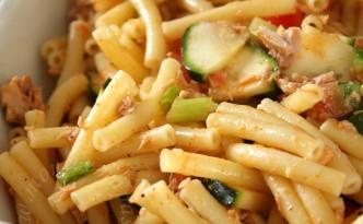 Salade de macaroni au thon - Macaroni tuna salad
