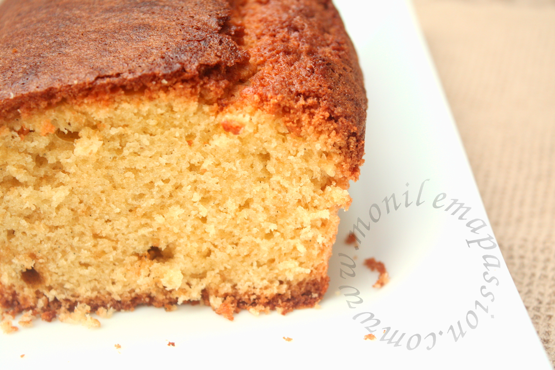 Quatre-quart vanille et fruits de la passion – Vanilla & Maracuja Quarter Pound Cake