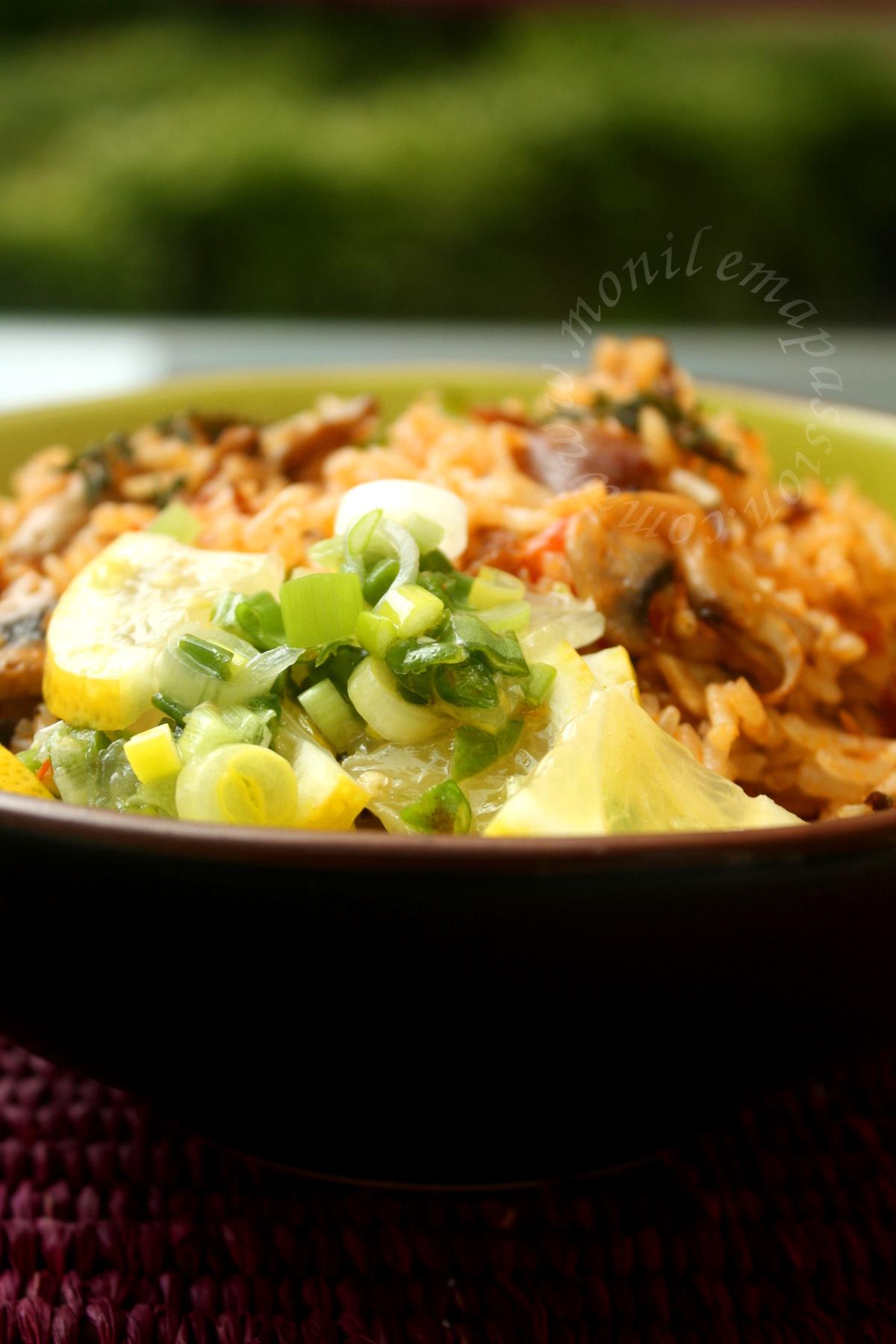 Riz chauffé aux gésiers de poulet - Chicken Gizzards fried rice