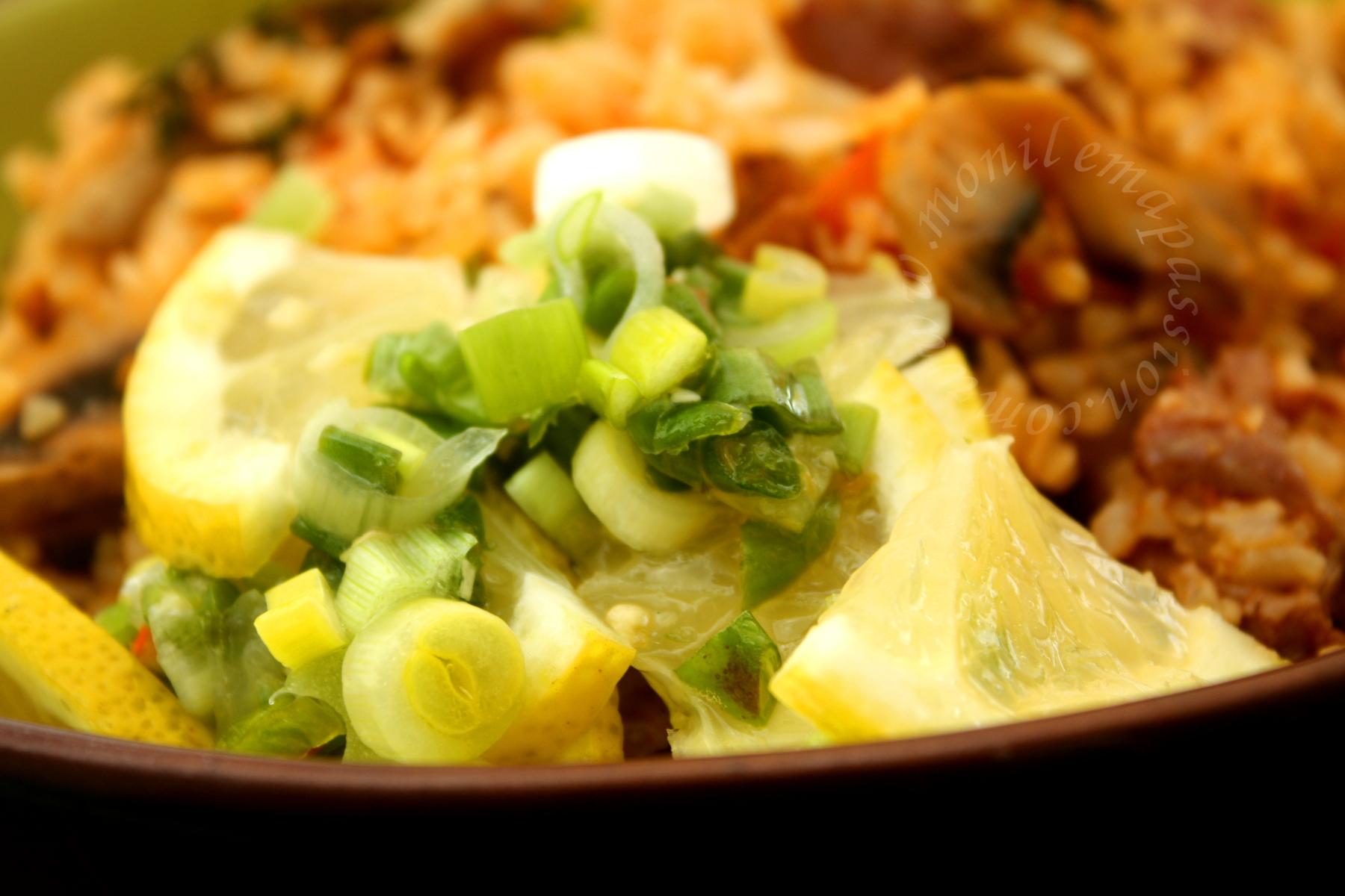Riz chauffé aux gésiers de poulet – Chicken Gizzards stir-fried rice