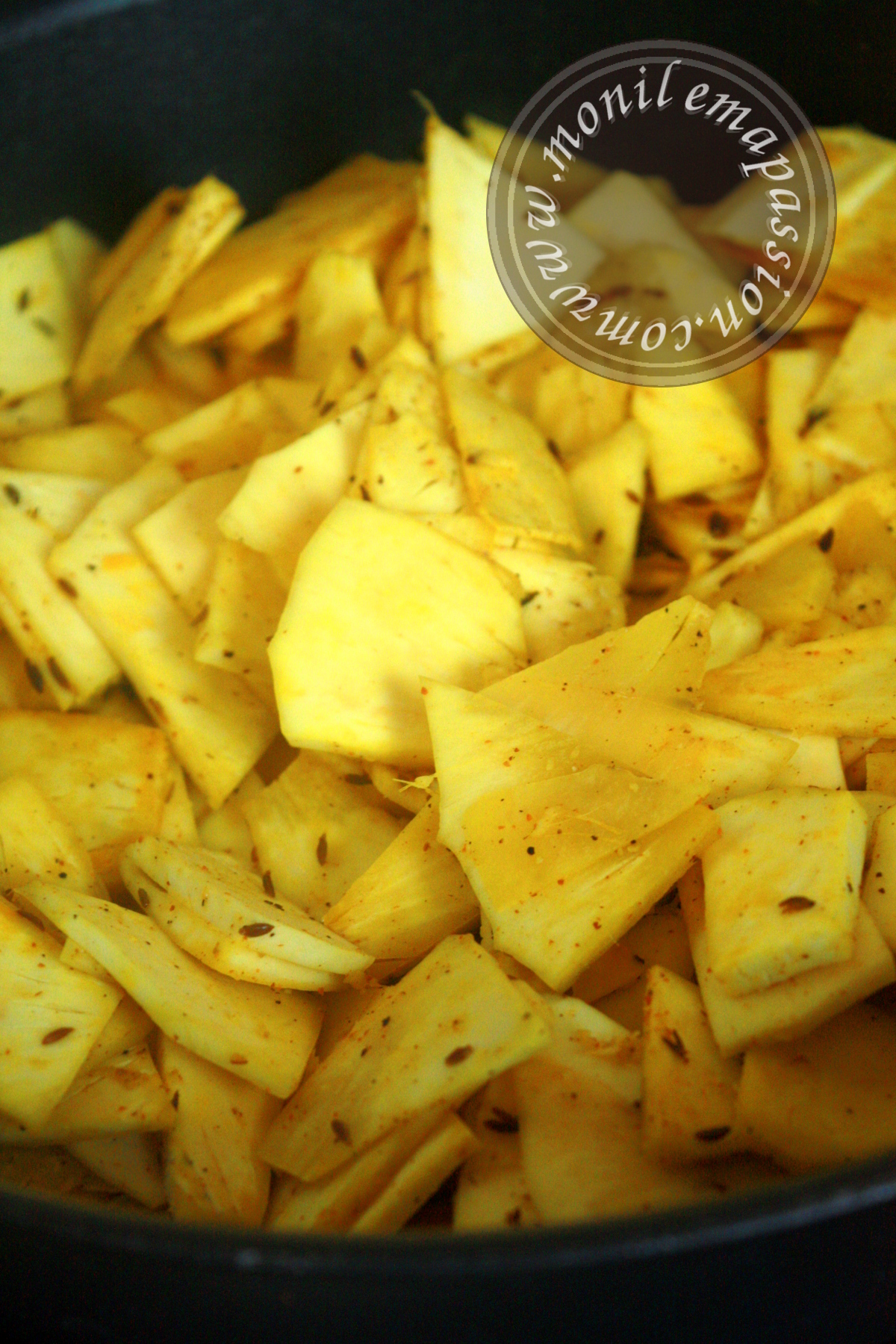 Chips de fruit à pain épicées - Spicy breadfruit chips